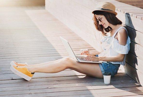 Чем отличаются стартаперы и блогеры от тунеядцев?